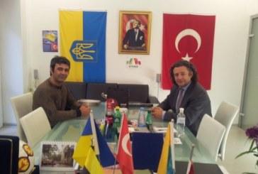 """THY Odesa Müdürü Kocaman UTİAD'ı ziyaret etti, """"vizeler kalkıyor, rezervasyonlara dikkat"""""""