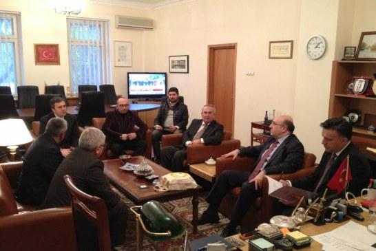 Türk arıcılar Kiev Büyükelçiliği'ni ziyaret etti