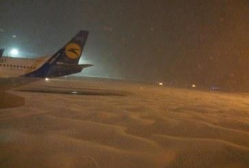 MAU tüm Kiev uçuşlarını iptal etti