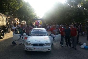 19 Mayıs coşkusu Odesa'da yaşandı, Türk standlarına yoğun ilgi (galeri)