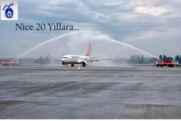 """Türk Hava Yolları Ukrayna'da 20. yaşında, """"iyi ki doğdun THY"""""""