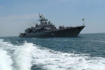 Ukrayna Donanma Günü'nü kutluyor, Putin ve Yanukoviç Kırım'da