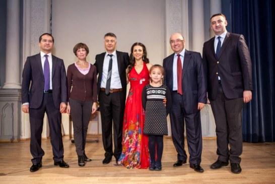 Kiev'de bir ilk gerçekleşti, Türk Halk Müziği ve Batı klasikleri aynı sahnede (fotoğraflar)