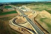 Ulaştırma Bakanı Omelyan açıkladı, bu sene 4 bin km yeni yol inşa edilecek