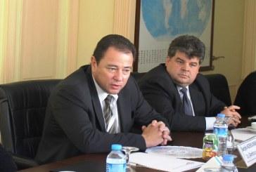 Ukrayna Büyükelçisi Korsunskiy Bilgesam'da yuvarlak masa toplantısına katıldı (fotoğraflar)