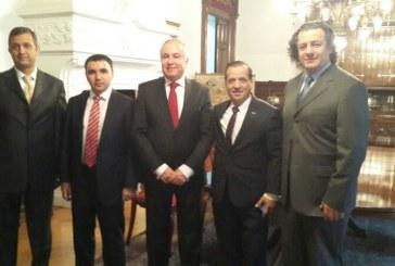 Türk diasporası güçleniyor, Ukrayna'daki Türk işadamlarından Moskova çıkartması