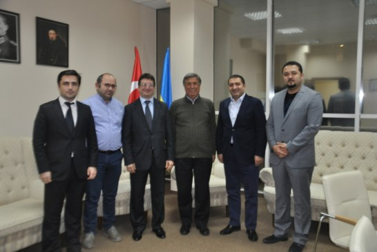 Eski Milli Eğitim Bakanı Necdet Tekin TUSİB'i ziyaret etti