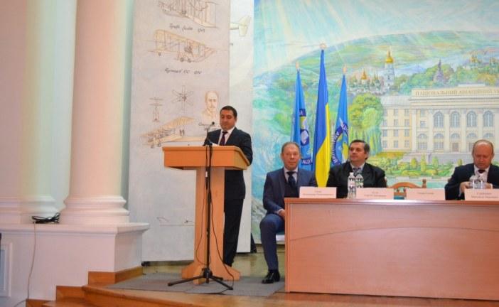 """Türk işadamı bilimsel konferansta taşımacılık sektörünü anlattı """"Ukrayna kilit ülke"""""""