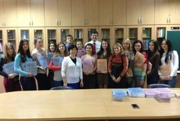 Şevçenko Üniversitesi Türkoloji Bölümü'nün kitapları yenilendi