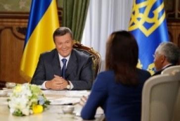 """Devlet Başkanı gazetecilerin sorularını yanıtladı, """"Ukrayna'nın dış borcunu ödemek için yeterli kaynağı vardır"""""""