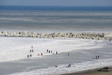Odesa'da deniz dondu