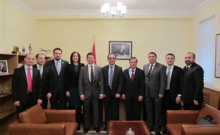 TUSİB yönetiminden Kiev Büyükelçisi Yönet Can Tezel'e tanışma ziyareti