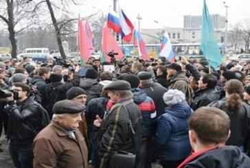Doğu Ukrayna yeniden hareketlendi, büyük şehirlerde Rusya yanlısı gösteriler düzenlendi