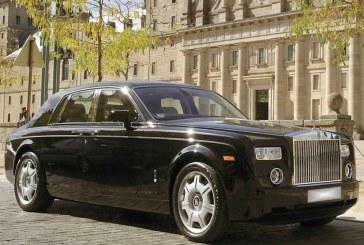 """Özel haber, """"Zenginler de savaşır, Kievli milyoner Rolls- Royce'den inip savaşa gitti"""""""