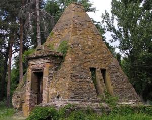 poltava piramitleri 2
