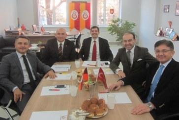 Galatasaray'a gönül verenler  birleşiyor, Ukrayna Galataraylılar Derneği'nin ilk toplantısı Kiev'de yapıldı