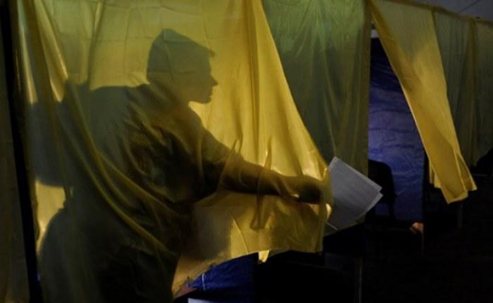 Namluların gölgesinde demokrasi sınavı,  Ukrayna'da bu pazar seçim var