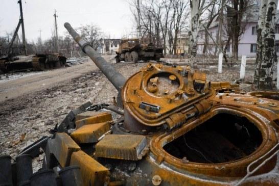 Doğudaki çatışmalar sürüyor, üç Ukrayna askeri öldü sekizi yaralandı