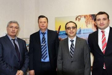Büyükelçi Tezel: 'Türk şirketlerinin başarılarını görmekten memnunuz'
