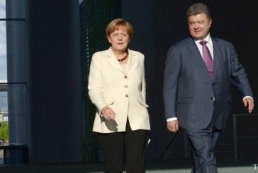 Poroşenko, Merkel ile Ukrayna Krizini Konuştu