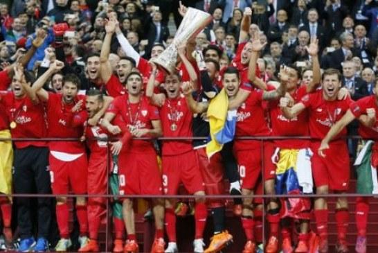 Varşova'da nefes kesen final; Sevilla Avrupa Ligi Şampiyonu oldu