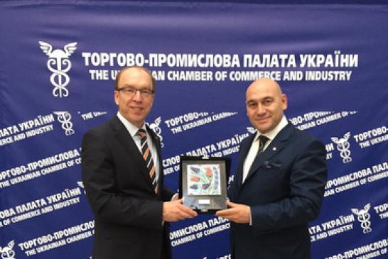 TOBB temsilcisi Ukrayna Sanayi ve Ticaret Odası kongresine katıldı 'birlikte kazanalım'