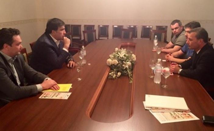 Türk işadamları Odesa Valisi Mihail Saakaşvili ile bir araya geldi