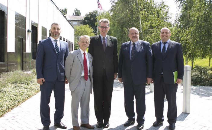 ABD'nin Ukrayna Büyükelçisi ve Kırım Tatar liderler bir araya geldiler