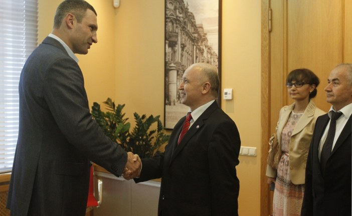 Kiev Belediye Başkanı Kliçko, TİKA Ukrayna heyeti ile buluştu 'yardımlarınız için minnettarız'