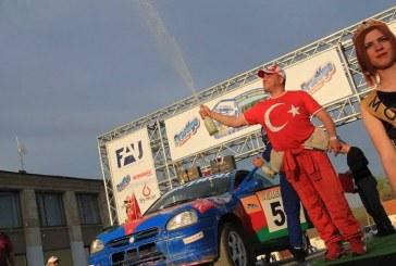 Türk bayrakları Severin Rallisi'nde; Odesa'da ikinci gelen Türk rallici yarışın yıldızı oldu