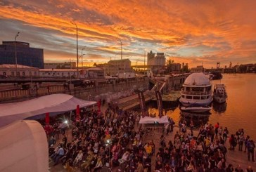 Bu etkinlik kaçmaz, iskeledeki açık hava film festivali sabaha kadar sürecek