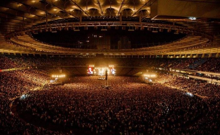 Okean Elzi Kiev'i inletti, 85 bin kişilik konser Ukrayna rekoru kırdı (video)