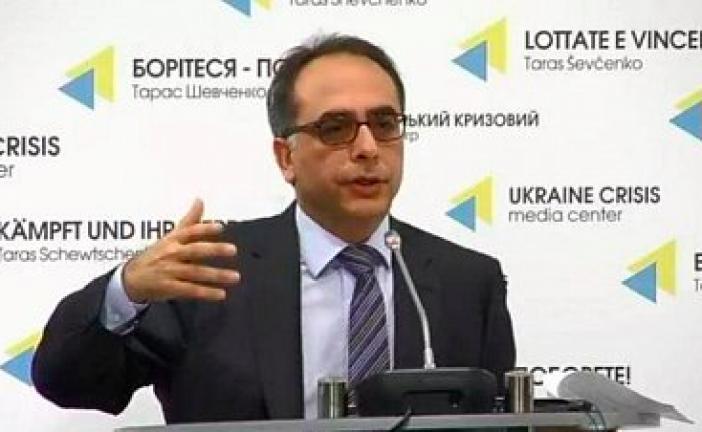 Büyükelçi Tezel'den Kriz Medya Merkezi'nde basın toplantısı 'Ukrayna'nın bize verdiği destekten memnunuz'