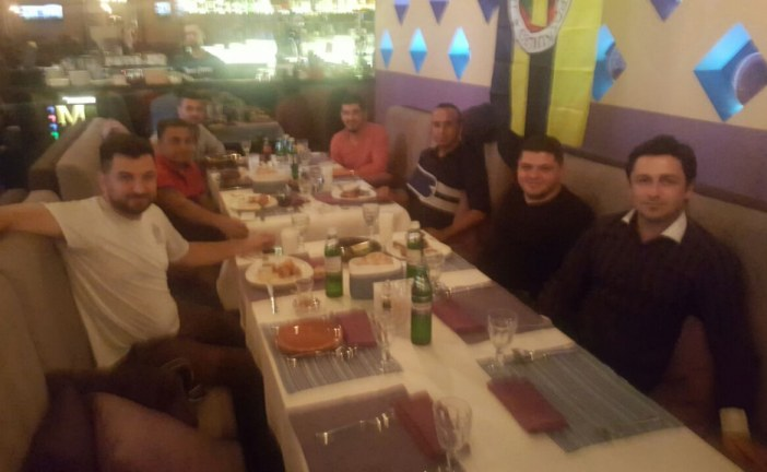 19.07… Dünya Fenerbahçeliler Günü'nde Kiev'de Fenerbahçe yemeği düzenlendi