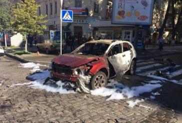 Kiev güne bomba ile uyandı; gazeteci Pavel Şeremet öldürüldü