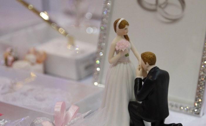 Tarih belli oldu; Kiev'de nikah işlemleri artık bir günde tamamlanacak