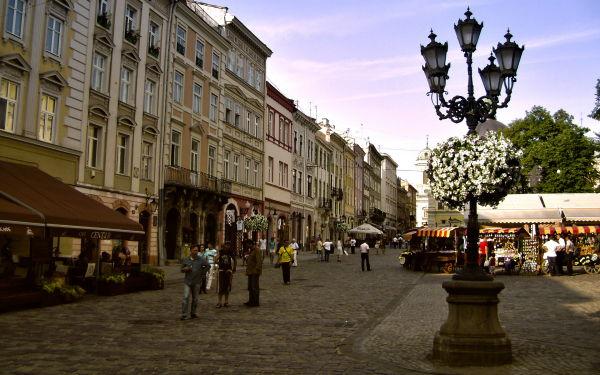 lviv-pazar-meydani-1