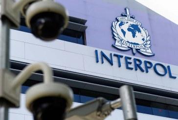 Interpol'un aradığı Türk vatandaşı Odesa havaalanında yakalandı