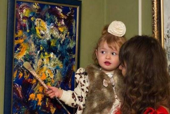 Ukrayna Sanat Müzesi'nde 28 tablo, 18 aylık Ukraynalı Nika harikalar yaratıyor (fotoğraflar)