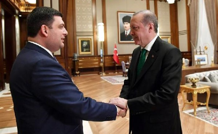 Cumhurbaşkanı Erdoğan, Ukrayna Başbakanı Groysman'ı kabul etti (video)