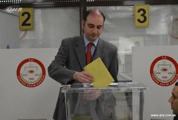 Ukrayna'daki Türk vatandaşları oylarını kullandılar