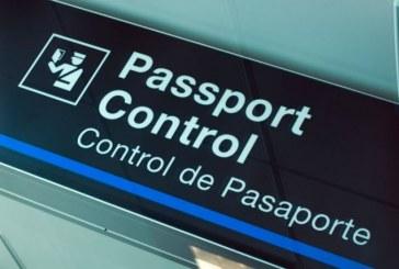 Üç Türk vatandaşı sahte pasaport iddiası ile gözaltına alındı
