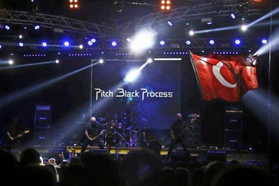 'Halil İbrahim Sofrası'… Türk rock grubu Kherson'da fırtına gibi esti