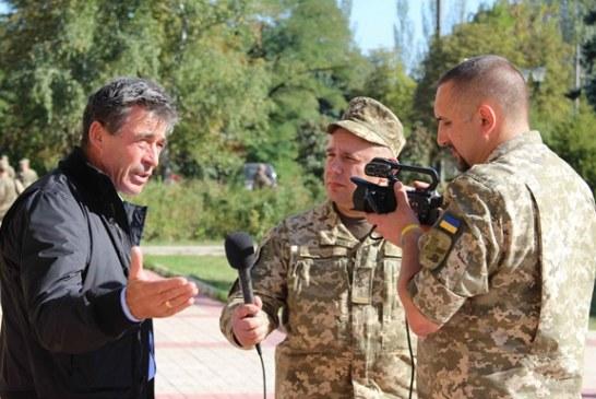 Eski NATO Genel Sekreteri'nden Ukrayna'nın doğusuna sürpriz ziyaret