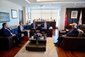 Büyükelçi Sybiha, Çanakkale Belediye Başkanı Ülgür Gökhan'ı ziyaret etti