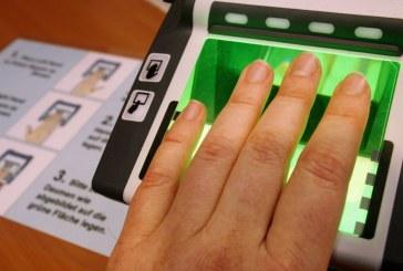 Ukrayna elektronik vizeye geçiyor, yabancılardan parmak izi alınacak