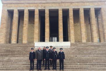 Ukrayna Polis Teşkilatı Anıtkabir'i ziyaret etti