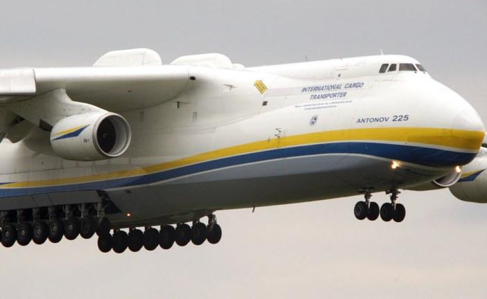 Efsane geri döndü, yenilenen 'Mriya', Ukrayna üzerindeki ilk uçuşunu yaptı (video)