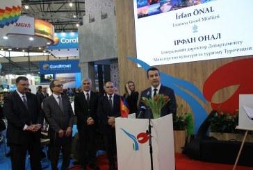 Ukrayna'da turizm fuarında Türkiye standına büyük ilgi