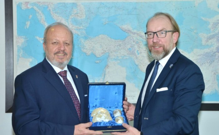 Ticaret ve Sanayi Odası Başkanı Gennadiy Chyzhykov, Ankara Sanayi Odası'nı ziyaret etti